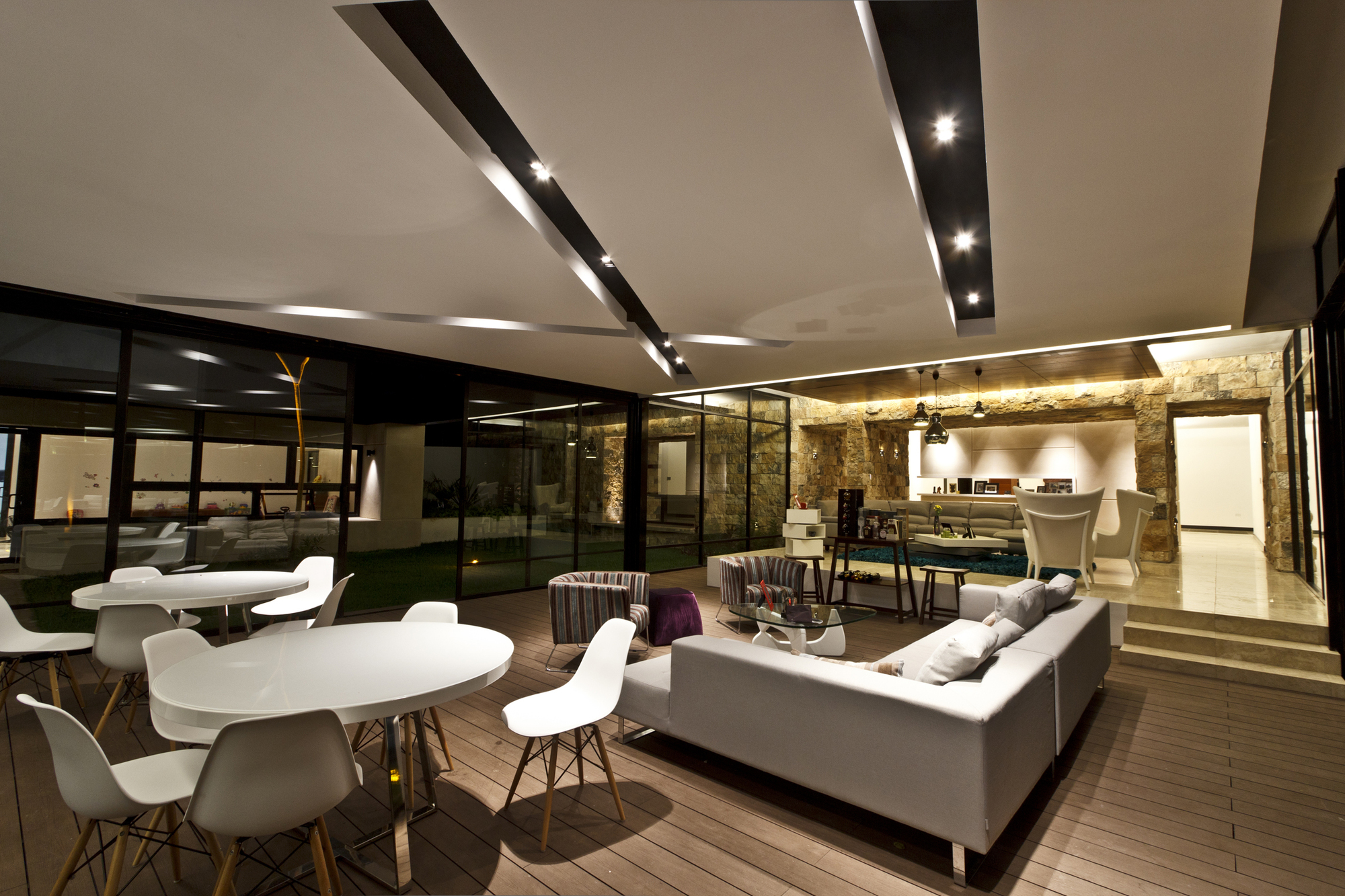 Contemporary-Comfort-At-The-Temozón-House-in-Yucatan-Mexico-10 (1)