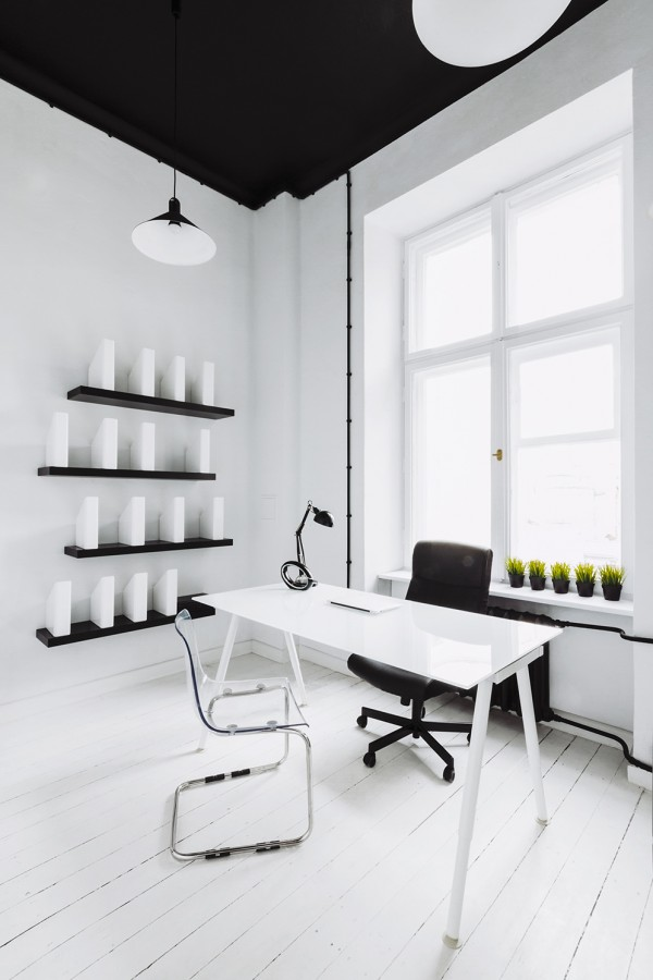 13-White-office-600x900