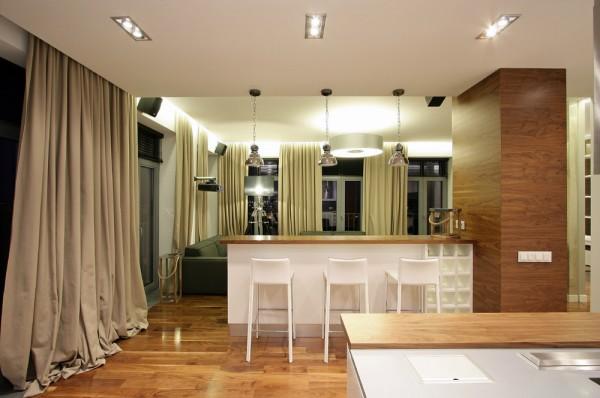 6-White-stools-600x398