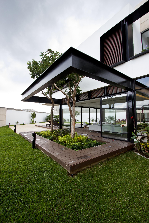 Contemporary-Comfort-At-The-Temozón-House-in-Yucatan-Mexico-3