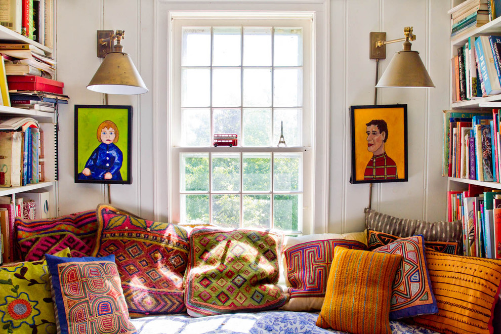 bohemian-home-decor-Family-Room-Farmhouse-with-bright-colors-built-in-bookshelves
