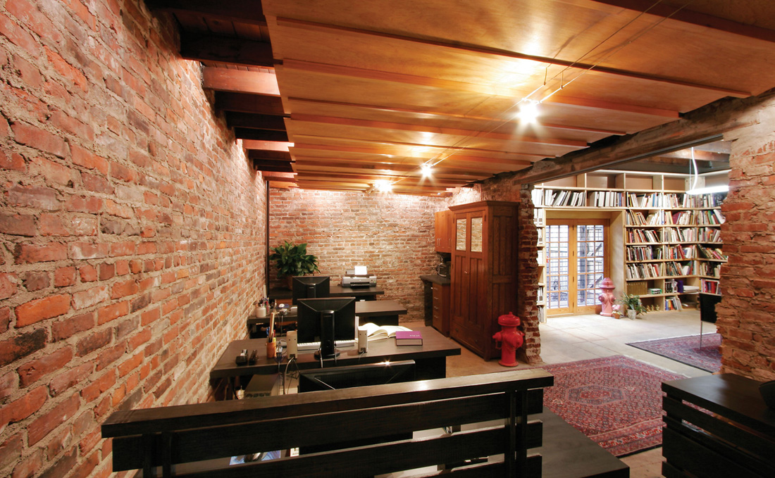 Incroyable Brick Houses Interior