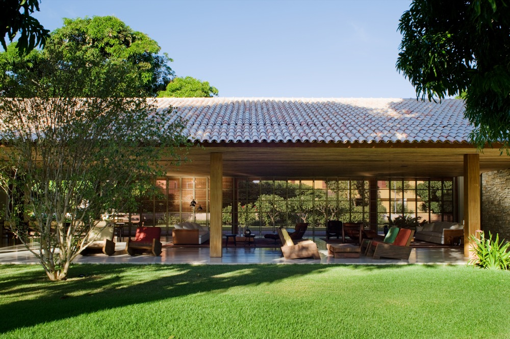 Bahia-Ecological-House_1