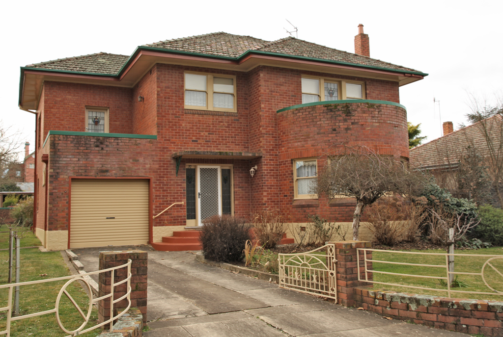 Orange_NSW_Brick_House