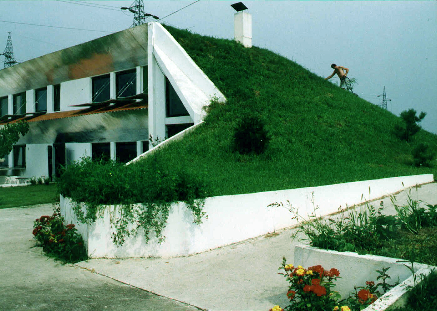 Veljko_Milkovic_eco-house