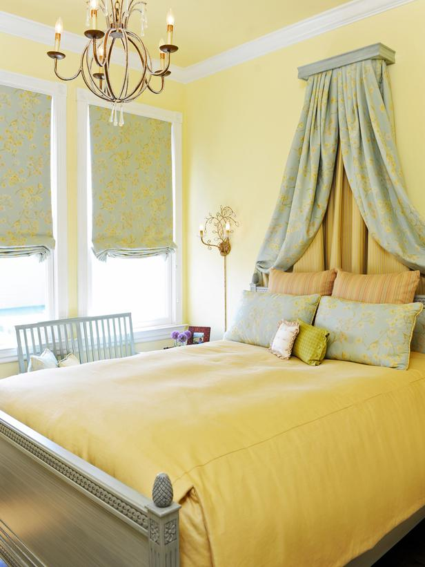 charm-casual-brian-dittmar-yellow-bedroom-bed-crown-french-traditional-lg
