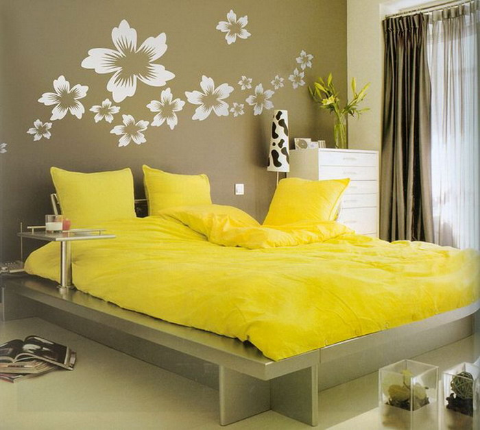 Bedroom Decor Yellow yellow rooms - homemajestic