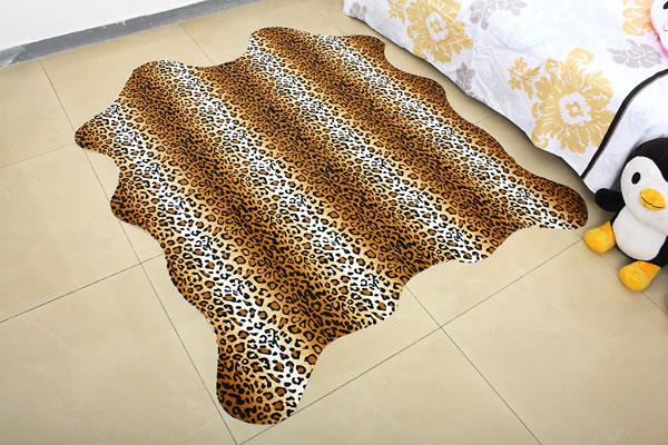 1_1_animal_print_carpet_3