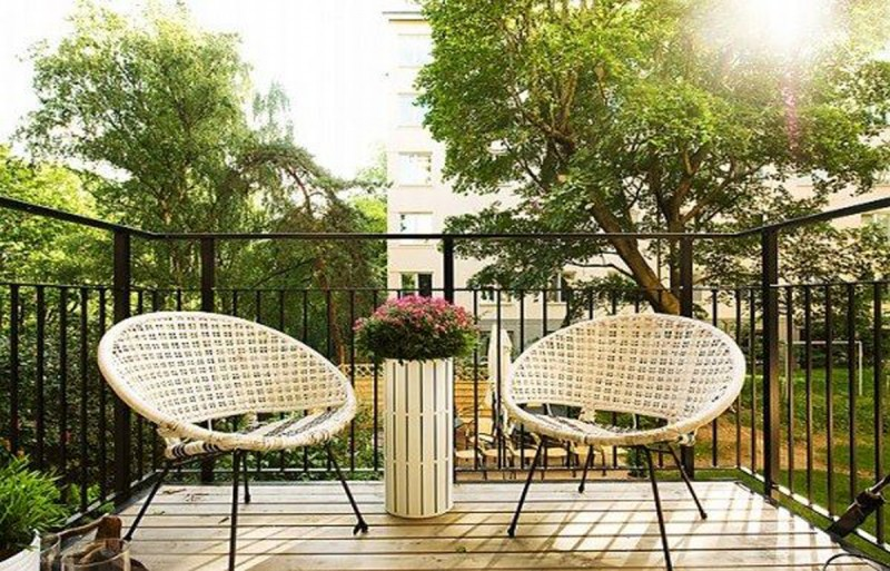Apartment porch patio: small apartment balcony ideas youtube and ...