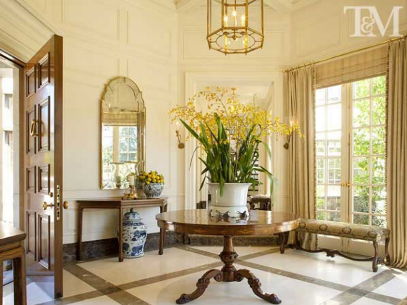 elegant-foyer-interior-design