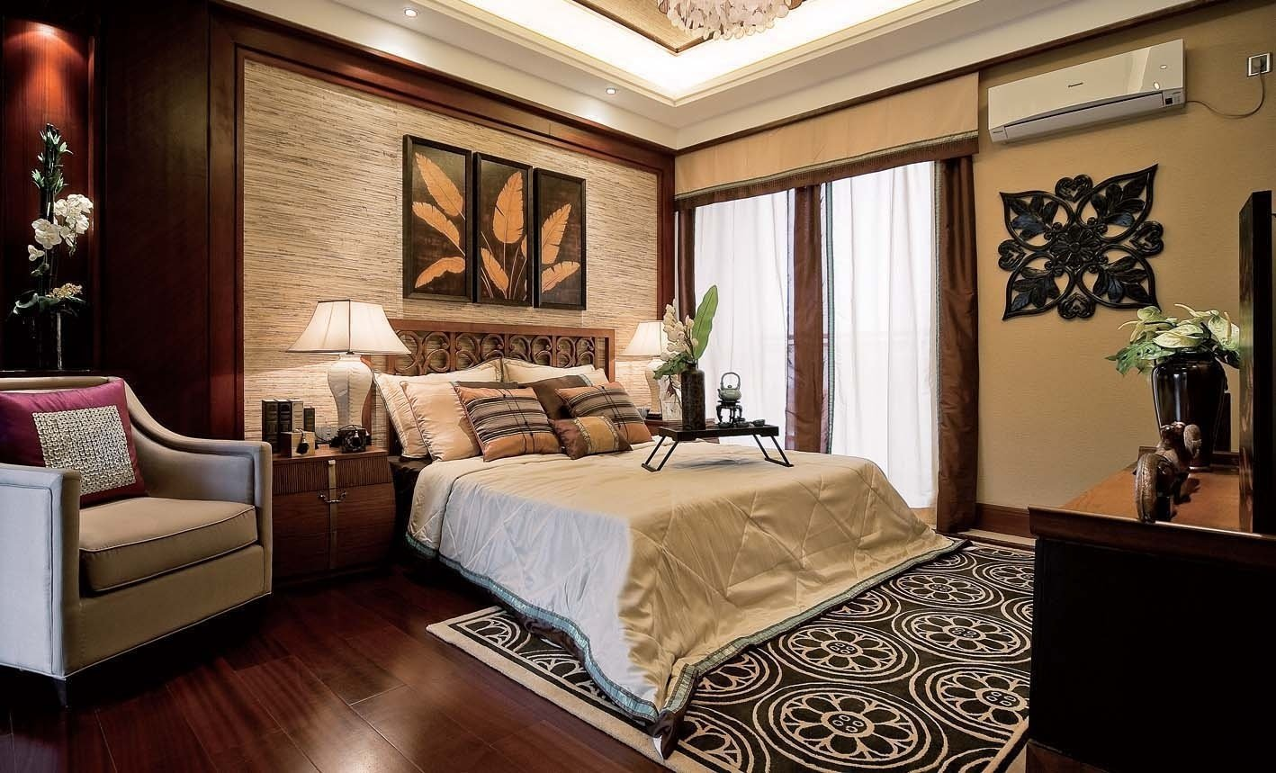 How to make your bedroom feel more romantic homemajestic for Traditional home bedrooms
