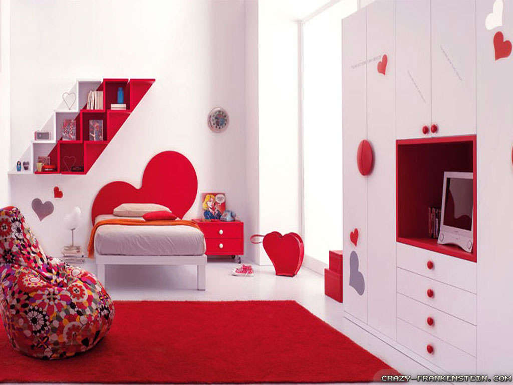 red-romantic-bedroom