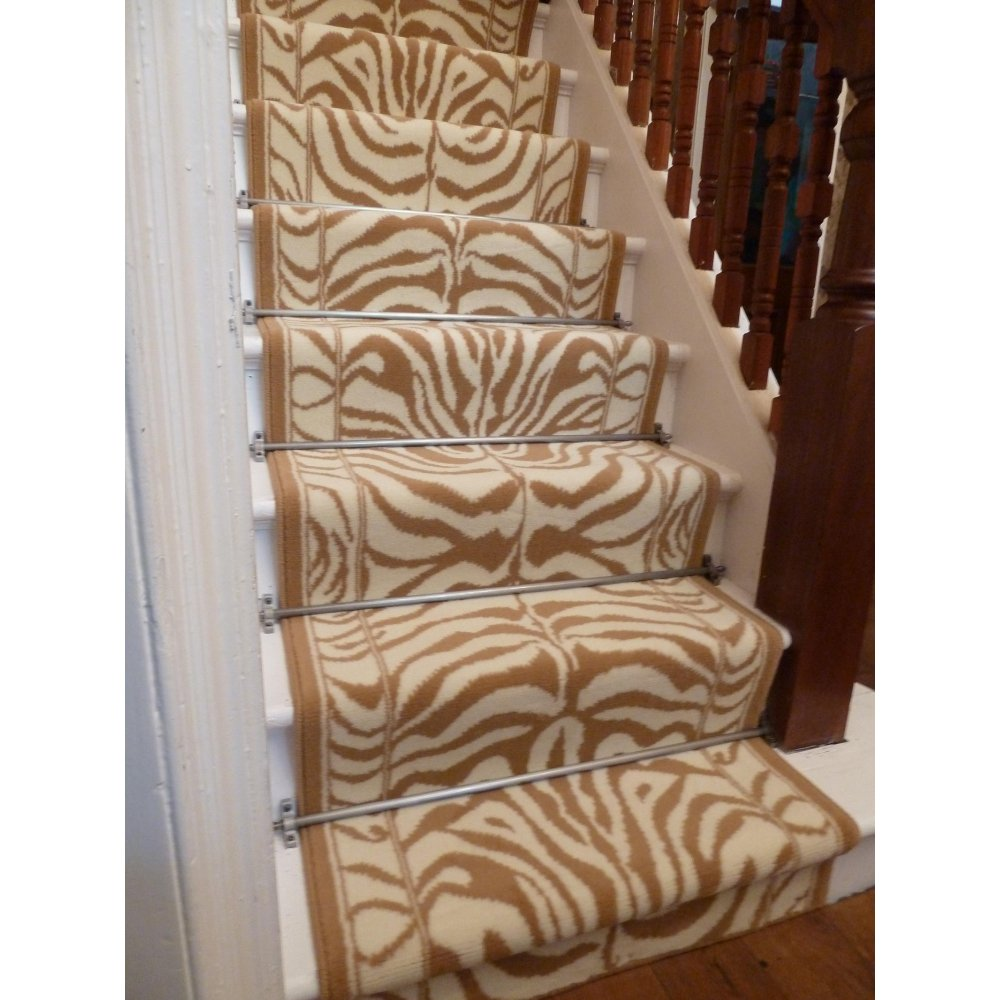 Merveilleux Animal Print Carpet Runner Credainatcon