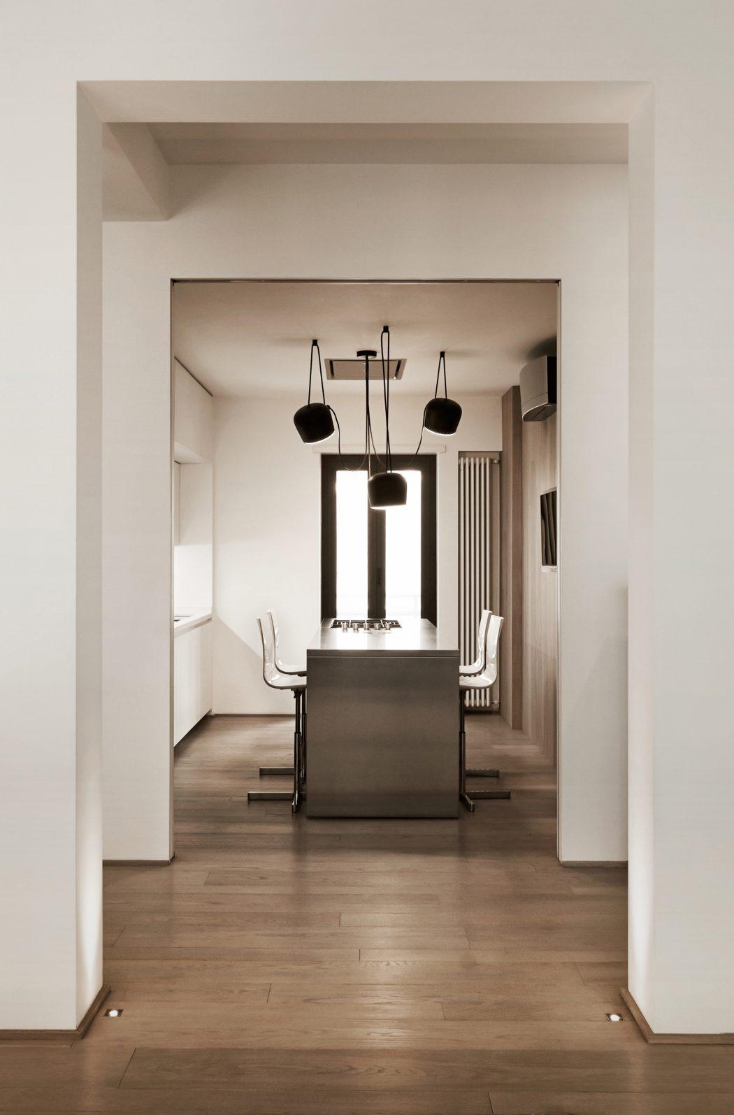 008-apartment-carola-vannini-1050x1595