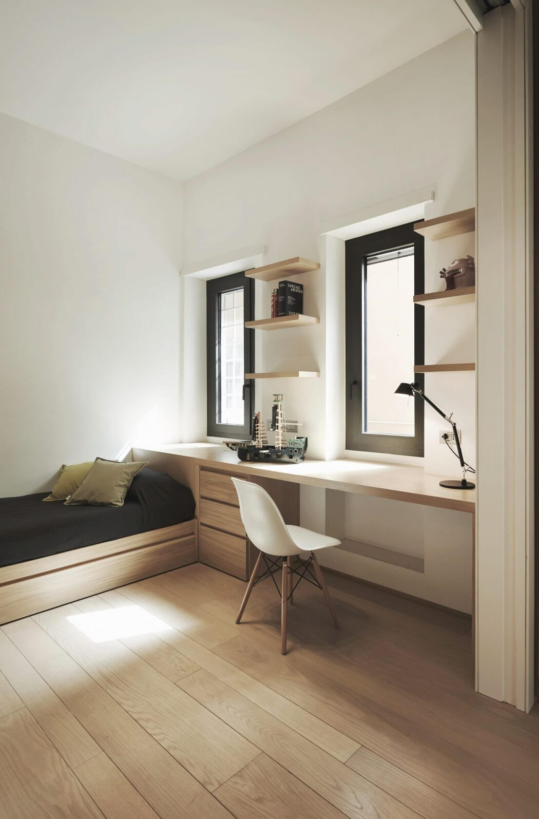 013-apartment-carola-vannini-1050x1595