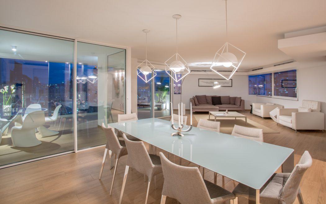 017-apartment-panama-dos-arquitectos-1050x656