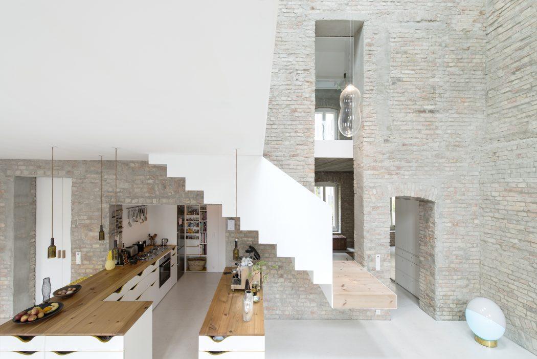 003-millers-house-asdfg-architekten-1050x701