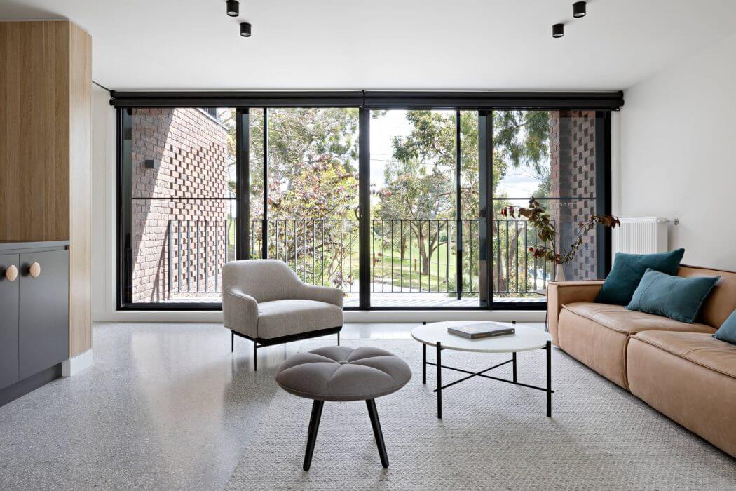 003-ruffey-lake-house-inbetween-architecture-1050x700