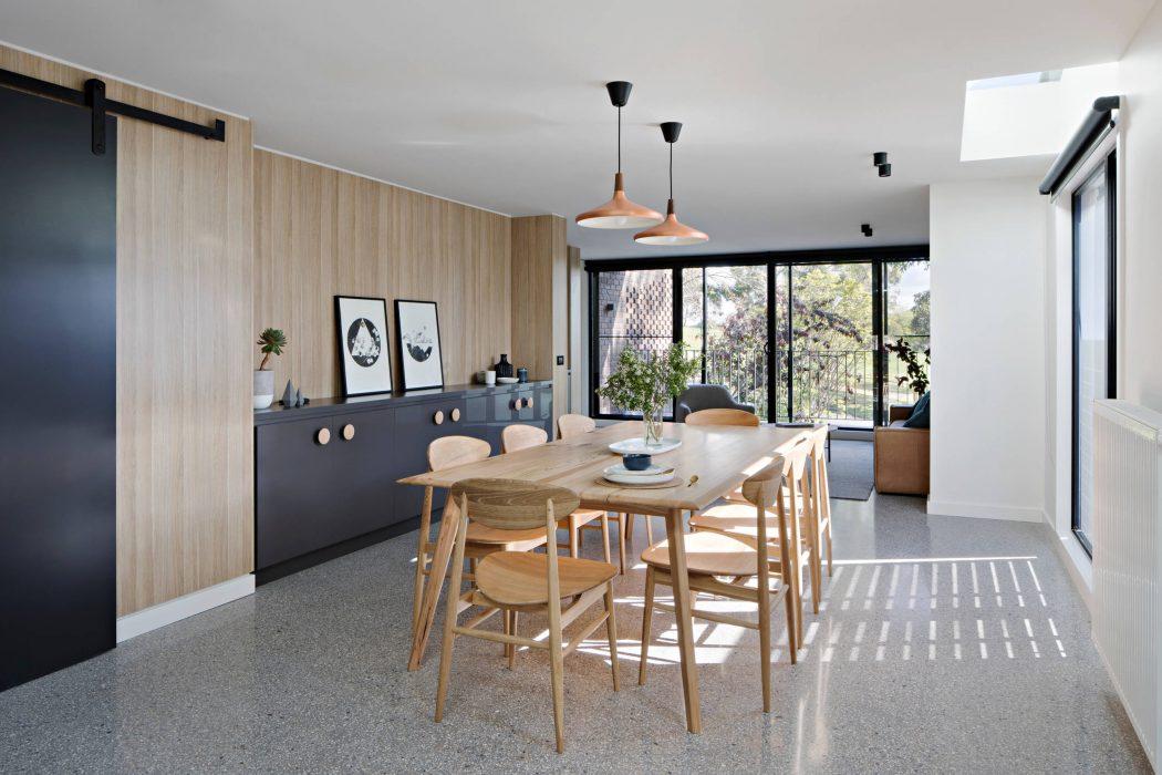 007-ruffey-lake-house-inbetween-architecture-1050x700