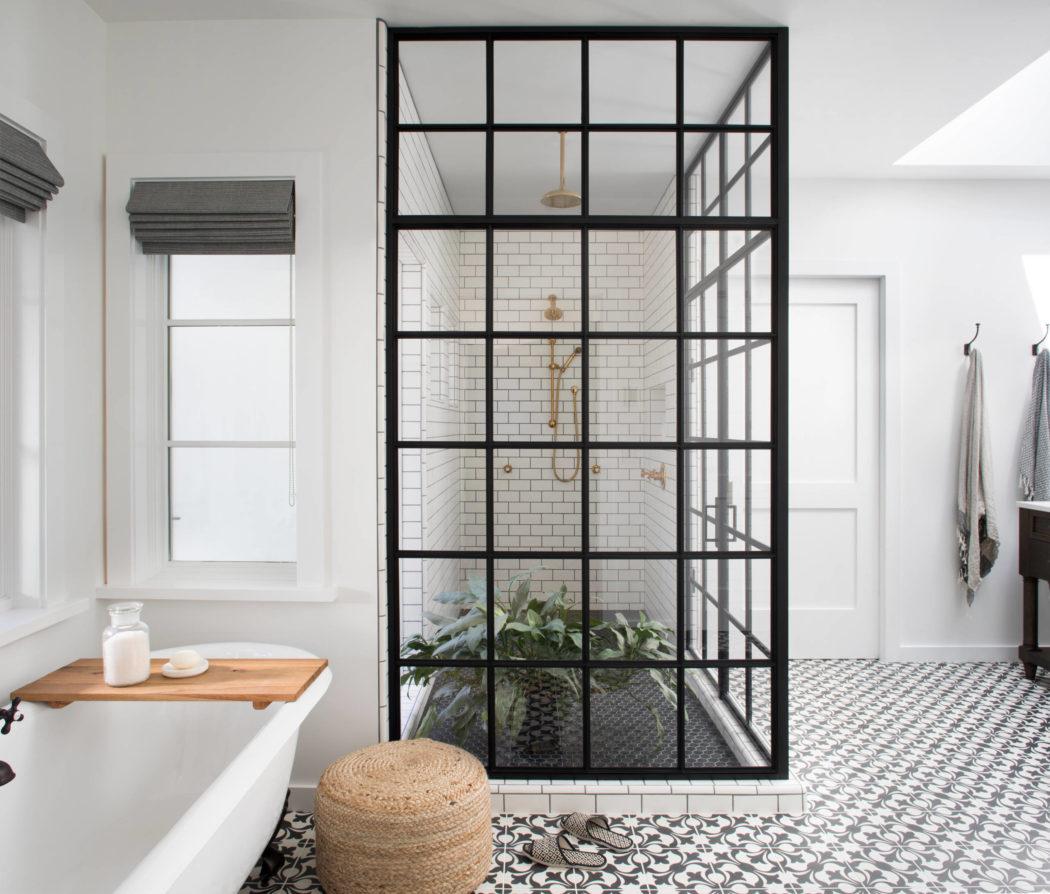 004-kenwood-residence-upscale-construction-1050x894