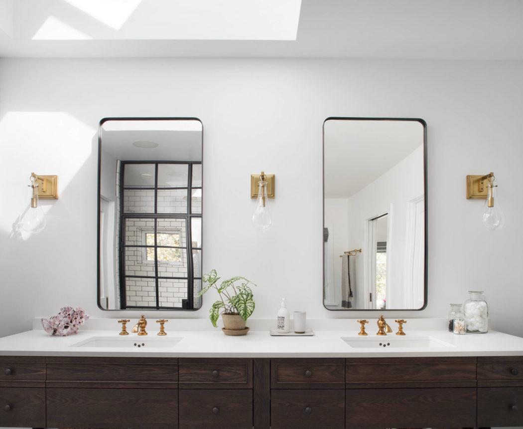 006-kenwood-residence-upscale-construction-1050x860
