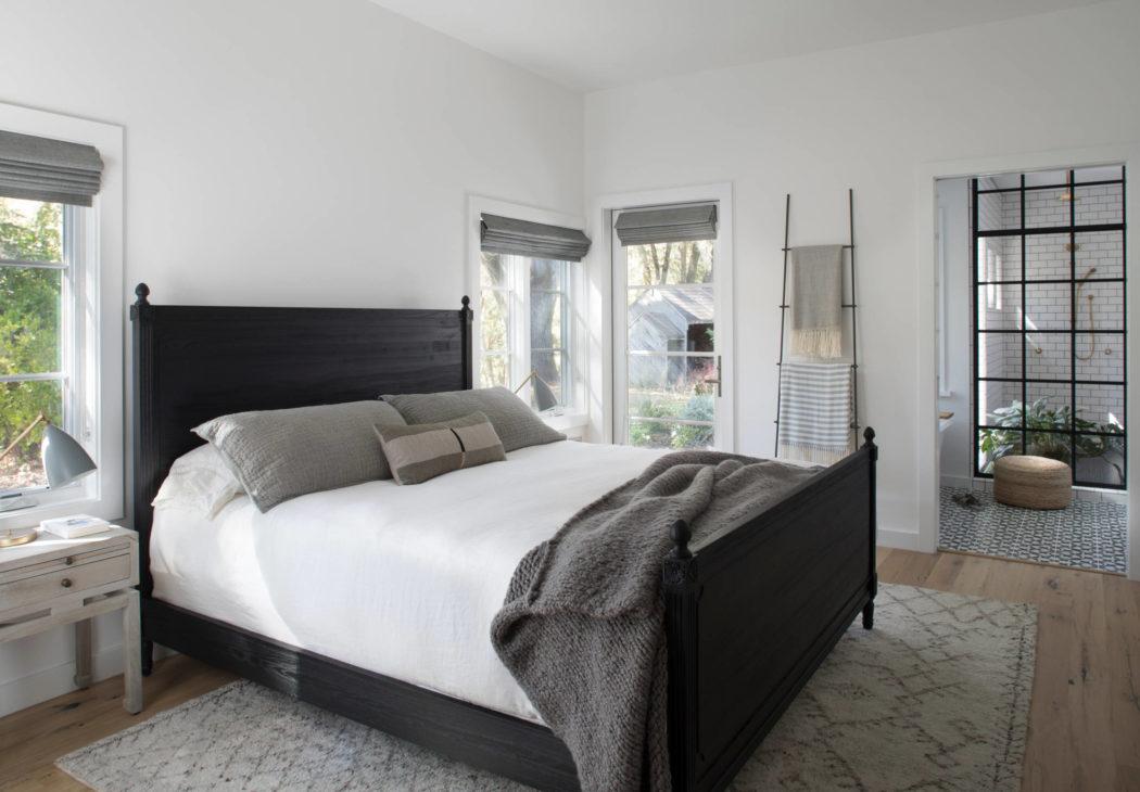 007-kenwood-residence-upscale-construction-1050x730